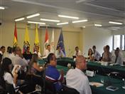 Posteriormente, se realizó un Taller de Inducción con el fin de intercambiar información y articular acciones entre los proyectos, los contratos de Servicios y los representantes del Comité de Dirección del proyecto.
