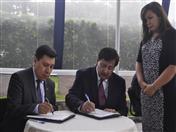 Secretaría General y Tribunal de Justicia de la Comunidad Andina firman convenio para realizar acciones conjuntas en temas de interés común.