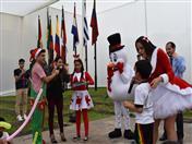 Los pequeños también disfrutaron de un show infantil navideño.