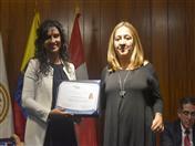 Entrega de certificados a los practicantes de la Dirección General 1