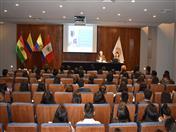 La bienvenida a los estudiantes de la Universidad César Vallejo estuvo a cargo del Director General de la Secretaría General de la CAN, Embajador José Antonio Arróspide.