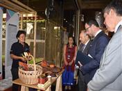 Visita de las autoridades a la Feria de la Integración.