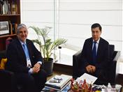 Viceministro de Interculturalidad del Perú, Alfredo Luna y Secretario General de la Comunidad Andina, Walker San Miguel.
