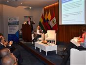 Expositor Carlos Nieto de la Secretaría General de la Comunidad Andina