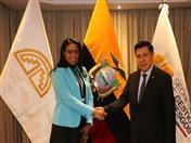 Secretaria de Gestión de Riesgos del Ecuador, Alexandra Ocles y Secretario General de la Comunidad Andina, Walker San Miguel. (Foto: Sec. Riesgos Ecuador)