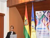 Expositor Martín Moscoso del Perú