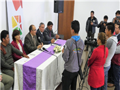 Al término del intercambio, se realizó una conferencia de prensa. (Foto: Prefectura Carchi)