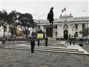 En conmemoración del 193 Aniversario de la Independencia de Bolivia, la Secretaría General de la CAN participó en la colocación de ofrendas florales ante el Monumento del Libertador Simón Bolívar