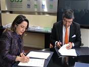 Secretario General de la CAN, Jorge Hernando Pedraza y Secretaria General de la Organización Iberoamericana de Seguridad Social, Gina Riaño.