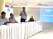 Conferencia en la sede de la Cámara de Industria, Comercio, Servicios y Turismo de Santa Cruz (CAINCO)