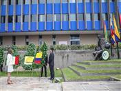 Ofrenda colocada por la Viceministra de Asuntos Multilaterales de Colombia, Adriana Mejía